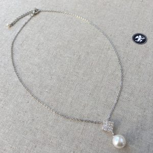 collier mariage carré strass